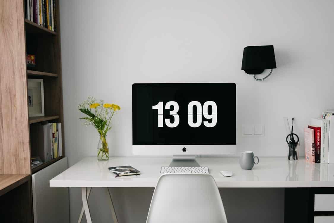 Por que cada vez mais empresas adotam o home office