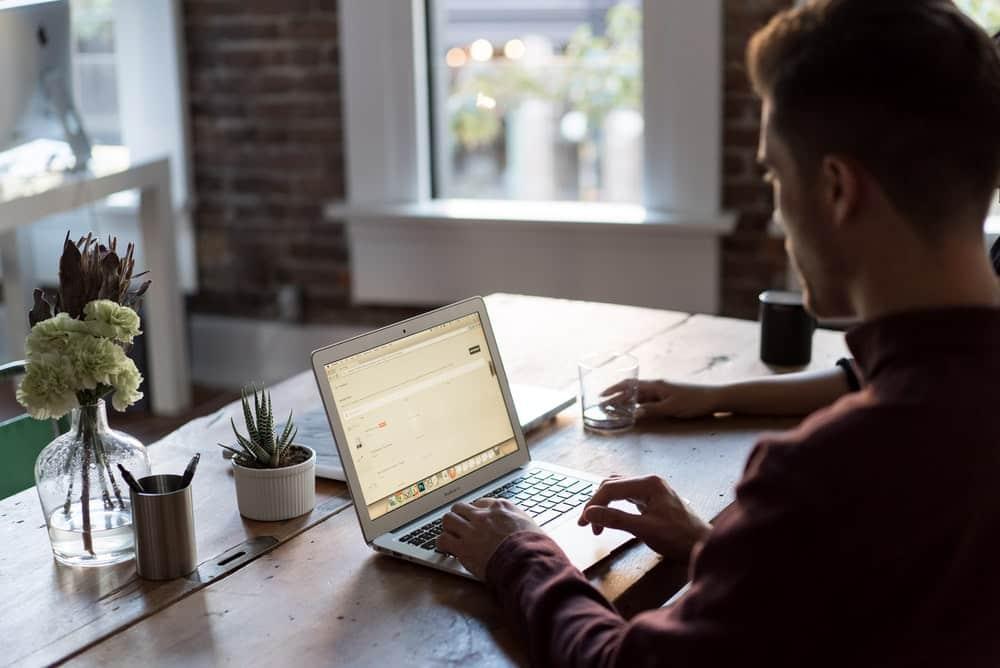 Home office e o acesso a profissionais mais qualificados